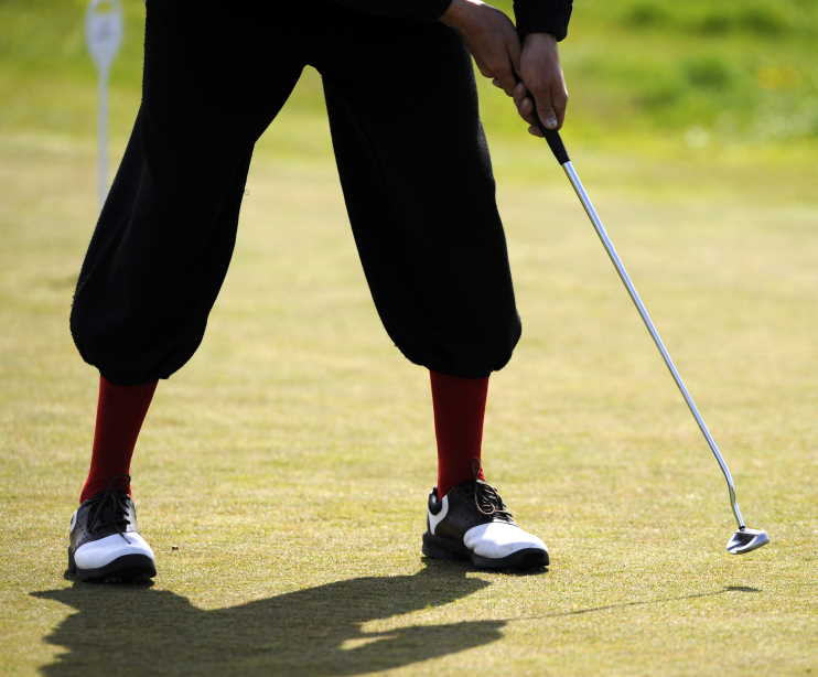old-timey golf pants or shorts